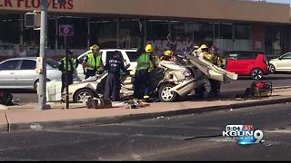 Man in custody after fatal 4-vehicle crash - Video