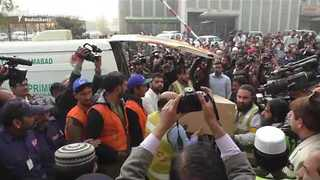 Pakistan Plane Crash Victims' Remains Transferred to Islamabad - Video