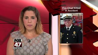 Fire chief fatally struck by vehicle along I-94 in Michigan - Video