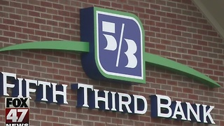 One arrested in robbery of Fifth Third Bank in Lansing - Video