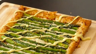 Easy and elegant asparagus tart - Video