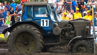 Crazy Russian Tractor Rally - Video