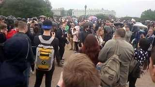 More Than a 100 Protesters Detained in Saint Petersburg - Video