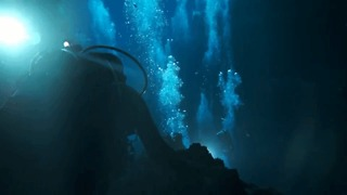 Divers Explore the Deep Caverns and Clear Waters of Kilsby's Sinkhole - Video