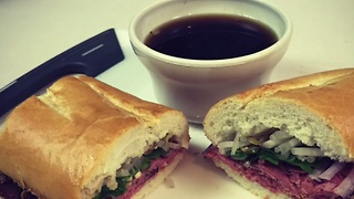 Delicious Vietnamese dip sandwich recipe - Video