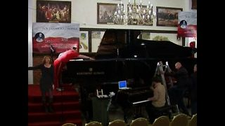 World's Biggest Grand Piano - Video