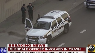 Glendale PD car involved in crash in Phoenix - Video