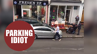 Britain's most inconsiderate motorist parks car blocking the pavement - Video