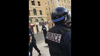 Bottles Thrown, Tear Gas Fired As England Fans Clash With Police in Marseille - Video