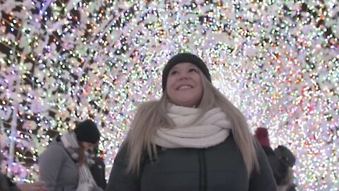 The Biggest Christmas Light Show In The World Is In Laval