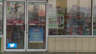 Manitowoc Police search for men who stole cigarettes, money from Family Dollar - Video