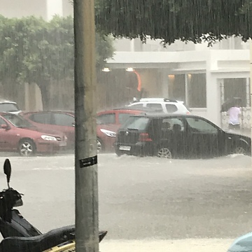Heavy rains turn street into raging river in Ibiza