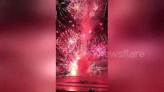 Barge carrying fireworks catches fire off New South Wales beach - Video