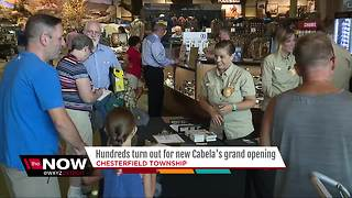 Hundreds turn out for new Cabela's grand opening - Video