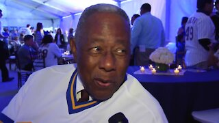 'He's a wonderful person': Hank Aaron discusses his friendship with Bob Uecker