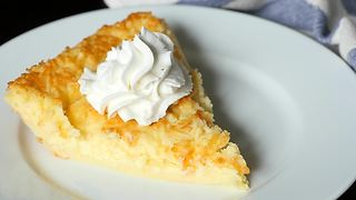 """Impossible"" Lemon Pie Recipe"