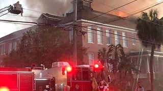Tampa's Lee Elementary School Catches Fire - Video