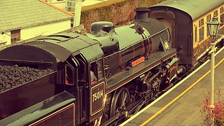 Vintage British steam train - Video
