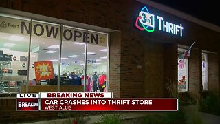 Car crashes into thrift store in West Allis