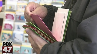 Holiday rush at local post offices - Video