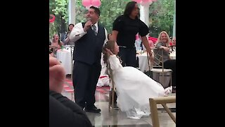 Ultra competitive sisters battle it out during musical chairs