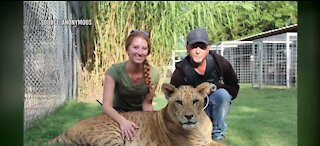 Video shows feds hauling animals away from 'Tiger King' star Jeff Lowe's property