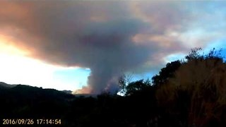 Timelapse Video Shows Early Minutes of Loma Fire