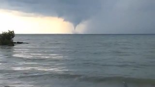 Waterspout Spotted on Lake Erie - Video