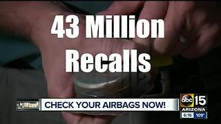Older cars, dangerous airbags - Video