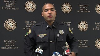 Boynton Beach Police rescue two small children from house fire