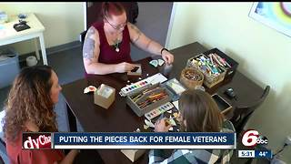 Art therapy helping female veterans deal with trauma - Video