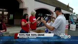 U.S. Marines and local businesses collect toys for kids - Video