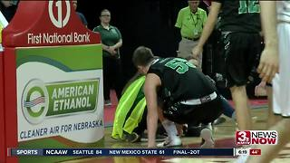 Omaha Skutt takes down Gretna for spot in state finals - Video