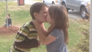Parents Record Their Kids Sharing Kisses