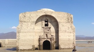 Dropping Water Levels at Reservoir Expose 16th-Century Mexican Church - Video