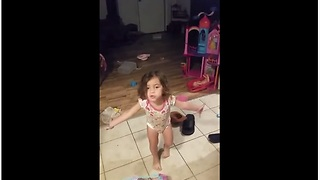 Little Girl Makes A Passionate Defense When Confronted About Her Mess - Video