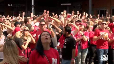 Lincoln downtown bars adjusting to Husker game day restrictions