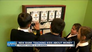 New south side bank teaching kids about finances - Video