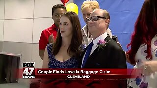 Couple gets married at Cleveland Hopkins International Airport baggage claim