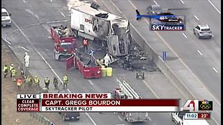 Semi hauling explosive gas crashes, closes NB I-35 at Mission - Video