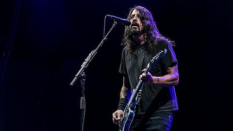 Loudwire News: Dave Grohl Still Can't Listen to Nirvana