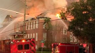 Crews Battle Fire at Tampa School Named After Robert E. Lee - Video