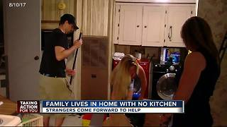 Family living in home with no kitchen helped by strangers - Video