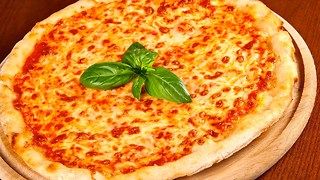 10 Delicious Facts About Pizza - Video