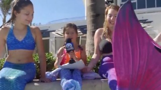 Make-A-Wish Foundation grants girl's wish to be a mermaid - Video