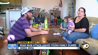Road rage attack leaves young family scared - Video