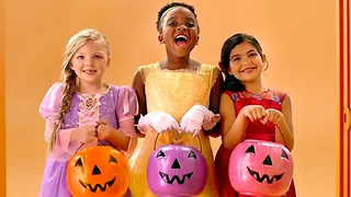 3 Etiquette Rules to Follow this Halloween - Video