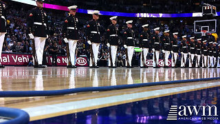 US Marine Corps Silent Drill Platoon Leaves Crowd Of Over 20,500 In Pure Awe - Video