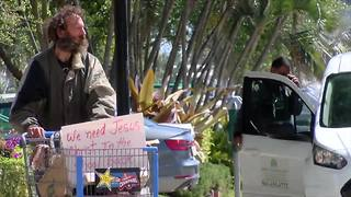 Homeless population in West Palm Beach - Video