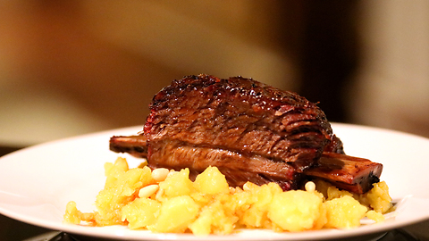 How to make short ribs with chocolate beer glaze